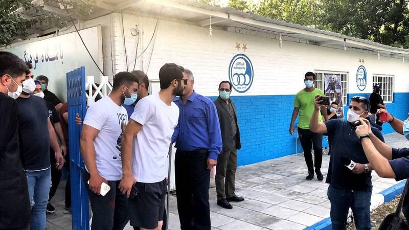 مدافع استقلال ۵ روز دیگر جراحی میکند +عکس و فیلم