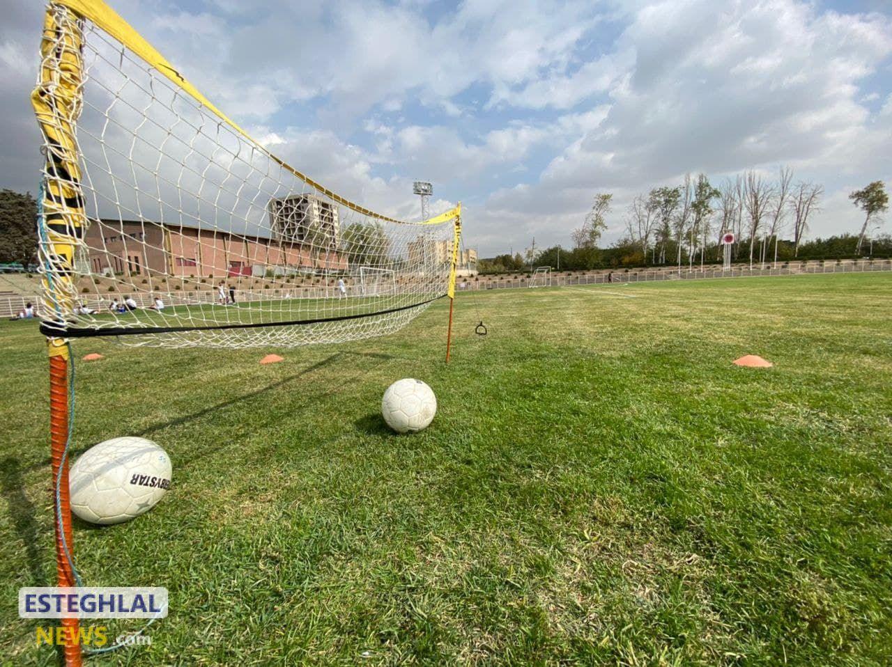 گزارش تمرین پنجشنبه استقلال/ ریکاوری و تنیس فوتبال بازیکنان اصلی؛ فوتبال درون تیمی در نیمه زمین!